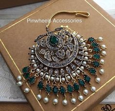 Tika Jewelry, Head Jewelry, India Jewelry, Jewelery, Indian Jewelry Sets, Indian Wedding Jewelry, Bridal Jewelry, Saris, Antique Jewelry