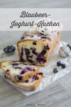 Schneller Blaubeer-Joghurt-Kuchen Fluffiger, saftiger Blaubeer-Joghurt-Kuchen & www.schninskitche& The post Schneller Blaubeer-Joghurt-Kuchen & Kuchen Backen & Rezepte appeared first on Gesundheit . Easy Cake Recipes, Cupcake Recipes, Baking Recipes, Cookie Recipes, Dessert Recipes, Cheesecake Recipes, Free Recipes, Food Cakes, Blueberry Yogurt Cake