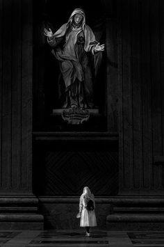 Raldeni Massimo   black and white   religion   faith   ponder   pray   www.republicofyou.com.au