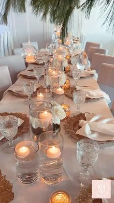 We can't get enough of these glamorous wedding ideas. So much stunning decor that sparkles in every way possible. Overhead centerpiece to wow your guest & get you inspired! Non Floral Centerpieces, Candle Wedding Centerpieces, Wedding Venue Decorations, Vintage Centerpiece Wedding, Birthday Table Decorations, Glass Centerpieces, Luxury Wedding Decor, Glamorous Wedding Decor, Elegant Wedding