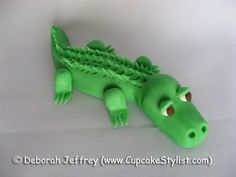 Cupcake Stylist: Fondant Alligator and Fondant Snake Cake and Cupcake Toppers