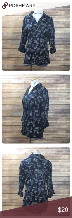 """🆕 STYLE & CO hot air balloon button up shirt NEW with tags, never worn and in excellent condition. adorable hot air balloon, navy button up dress shirt. sleeves can be worn folded up with button strap or long  details ・large ・23"""" length ・18"""" bust  ・15.5"""" folded 