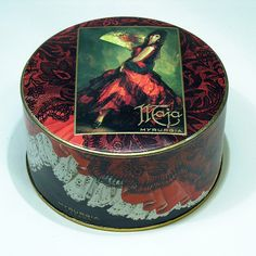 Vintage Spanish Makeup / Maja Espana   The House of Beccaria~