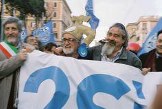 Padre Alex Zanotelli alla manifestazione per l'acqua bene comune - Roma 2011