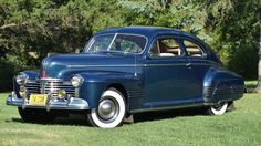 1941 Pontiac Streamliner Torpedo Six Sedan Coupe - (Pontiac Motor Co. Pontiac, Michigan 1926-2010)