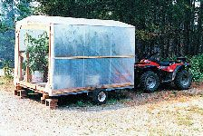 Build on a small trailer and move indoors (garage) during t… - Modern Greenhouse Kitchen, Simple Greenhouse, Outdoor Greenhouse, Cheap Greenhouse, Portable Greenhouse, Greenhouse Effect, Greenhouse Interiors, Backyard Greenhouse, Mini Greenhouse
