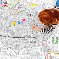 A giant coloring map of America is a fun and educational project for kids, it introduces art and geography and encourages collaboration. Great classroom or homeschool activity. - at Non Toy Gifts