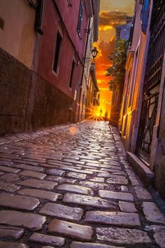 CURB APPEAL – another great example of beautiful design. Cobblestone Sunset, Rovinj, Croatia photo via fikile.