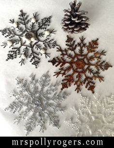 Click here to DIY Upgrade Dollar Store Snowflakes with three different techniques.  Full instructions on Blog.  From MrsPollyRogers.com by Antonia Sass