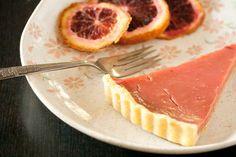 Parece maravilhosa essa Blood Orange Curd Tart (http://www.foodbuzz.com/recipes/5142599-blood-orange-curd-tart)