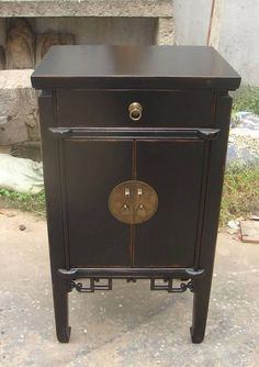 Oriental End Table Antique Black Lacquer