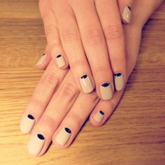 Sophisticated nails! So posh…