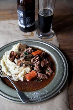 Beef and beer stew with bacon and mushrooms - The League of Beers