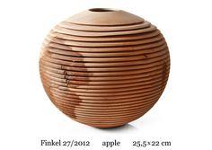 no 27/2012, apple, 25.5 x 22 cm    www.christophfinkel.com