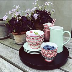 Let the day begin with some Summer sweetness ❤️ #Goodmorning #Summer #Sun #Blueberries #Fleur #Red #DanishDesign #GreenGate #GreenGateOfficial @GreenGateOfficial