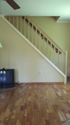 How can I set up a removable stair railing? - Home Improvement Stack Exchange Modern Stair Railing, Stair Banister, Modern Stairs, Hand Railing, Banisters, Railings, Diy Stair, Stair Treads, Flooring For Stairs