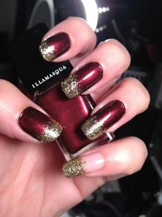 Christmas Nails (no link)