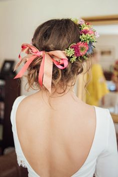Boho bride - messy low updo with flower crown & ribbon - bridal hair inspiration Flower Crown Bride, Flower Crown Hairstyle, Bridal Crown, Crown Hairstyles, Bride Hairstyles, Messy Bridal Hair, Bridal Hair Pins, Bridal Updo, Wedding Updo