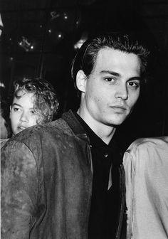 Johnny Depp Wallpaper, Jhony Depp, Pretty Boys, Cute Boys, Junger Johnny Depp, Young Johnny Depp, Actrices Hollywood, James Dean, Leonardo Dicaprio