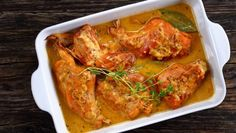 lapin a la moutarde in gratin dish Gratin Dish, Tandoori Chicken, Chicken Wings, Lasagna, Tapas, Food And Drink, Dishes, Meat, Cooking