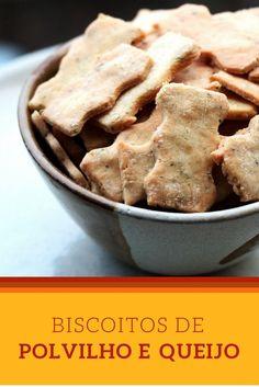 Receita de Biscoitinhos de polvilho e queijo - Confira essa receita de biscoitos simplesmente maravilhosos. Eles são sem glúten, pois são feitos com polvilho, queijos e os temperos que você pode escolher.  Além de viciantes, eles são  perfeitos para presentear.