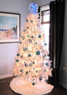 we're doing a white christmas tree this year and i'm so excited!