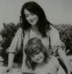 Martha Argerich with her second daughter, Annie Dutoit | How can one be so beautiful?
