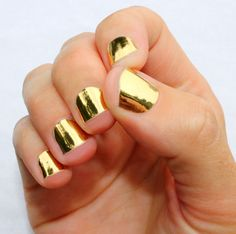 Gold Nail Wraps So Gloss nail wraps are heat activated with your hair dryer and applied directly on to your nail, you get instant results. Just heat, stick & file. So Gloss Nail Wraps are a vegan, chemical free, fume free alternative to nail polish.
