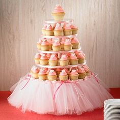 Good Way to dress up a cupcake stand….girl baby shower Or princess/ballerina birthday party… this could be cute even without cupcakes. …could even serve veggies or anything else on the platters. Maybe one on a stand like this, one for the punch bowl, etc Ballerina Birthday, Princess Birthday, Princess Party, Girl Birthday, Ballerina Tutu, Princess Cupcakes, Princess Tutu, Birthday Tutu, Tutu Cupcakes