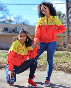 Cozy but stylish - Our fav winter outfits Swag Outfits For Girls, Twin Outfits, Cute Swag Outfits, Teenager Outfits, Trendy Outfits, Girl Outfits, Fashion Outfits, Matching Outfits Best Friend, Best Friend Outfits