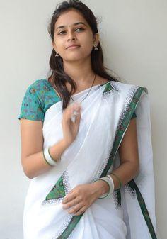 Sri Divya Beautiful Girl Indian, Most Beautiful Indian Actress, Beautiful Saree, Beautiful Actresses, Cute Beauty, Beauty Full Girl, Desi Girl Image, Dehati Girl Photo, Singer Fashion