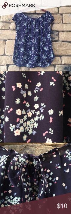 Lauren Conrad Tee Like new LC Lauren Conrad Tops Tees - Short Sleeve