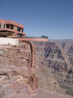 The Grand Canyon Skywalk is a glass walkway and steel   Grand Canyon Glass Bottom Skywalk (20 pics)