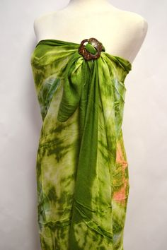 Beach Babe Bohemian Tie Dye Print Scarf Shawl Wrap Coverup Sarong Pareo with Coconut Ring