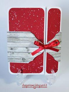Un biglietto o una tag?  #tag #biglietto #bigliettino #card #sanvalentino #valentinesday #red #rosso #bianco #legno #wood #woodeffect #carta #paper #rojo #blanco #bianco #fiocco