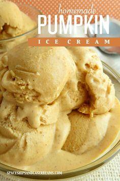 Homemade Pumpkin Ice Cream -- an easy no churn recipe!