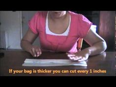 "Como hacer ""hilo"" con bolsas de plastico. How to make threat with plastic bags - YouTube"