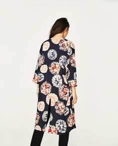 Image 3 of PRINTED KIMONO JACKET from Zara