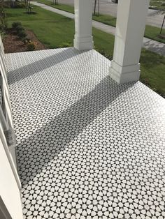 Check out this totes amazeballs front porch by They used our Estrella Black cement tile. Balcony Tiles, Patio Tiles, Outdoor Tiles, Cement Tiles, Mosaic Tiles, Wall Tiles, Porch Tile, Porch Flooring, Outdoor Flooring