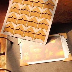 120 pcs/lot sheets) DIY Vintage Corner kraft Paper Stickers for Photo Albums Frame Decoration Scrapbooking Table Origami, Diy Album Photo, Coin Photo, Album Photo Scrapbooking, Diy Vintage, Vintage Paper, Photo Souvenir, Cheap Stickers, Photo Corners