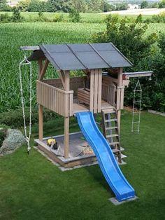 Kids Outdoor Playground, Playground Set, Playground Design, Backyard Swing Sets, Backyard Swings, Backyard For Kids, Bbq Shed, Santa Helena, Tree House Plans