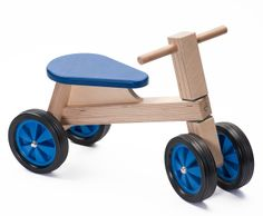Houten loopfiets blauw, Ado | Ado houten speelgoed | Villa Hoera Wooden Toy Cars, Wooden Baby Toys, Wood Toys, Wooden Art, Wooden Crafts, Dremel Tool Projects, Wood Bike, Handmade Wooden Toys, Bamboo Crafts