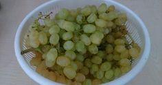 Hummus Dip, Ketchup, Dips, Beans, Fruit, Vegetables, Hat Patterns, Food Heaven, Sauces