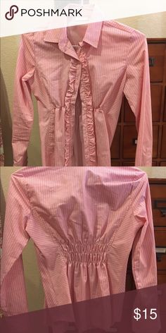 Long Sleeve Button Down 👚 Blouse SZ Small New York & Co Long sleeve button down tuxedo style front. Light and dark pink striped blouse New York & Company Tops Blouses