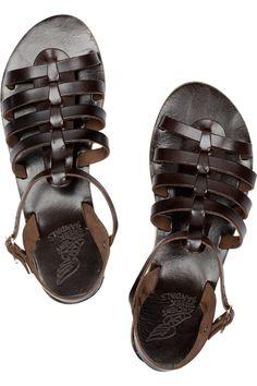 greek sandals - para pasear por El  Pireo
