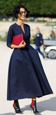 Navy blue full dress & red accents. #winter #maxi #wintermaxi