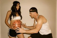 Painted basketball pregnant belly for Halloween!!! Love this!! {REPIN} and {FOLLOW} us! www.blissfulbabynurse.com