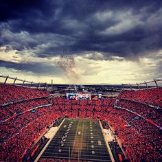 Here's what it looked like during the weather delay. #Kickoff2013 #BALvsDEN