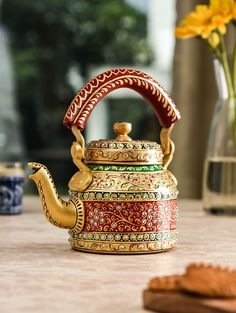 Have your morning cup of tea in true authentic Rajasthani style with this tea kettle. Made of aluminum, this tea kettle is durable and will get you a lot of compliments for its traditional design. Rajasthani Painting, Rajasthani Art, Ethnic Home Decor, Indian Home Decor, Diy Diwali Decorations, Stage Decorations, Boating Gifts, Teapots Unique, Indian Crafts