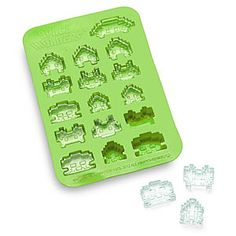 Space Invaders Ice Tray from Yellow Octopus Ice Cube Molds, Ice Cube Trays, Ice Tray, Ice Cubes, Geek Gadgets, Gadgets And Gizmos, Cool Gadgets, Space Invaders, Take My Money